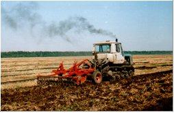 Поверхностная и мелкая обработка почвы | Усадьба фермера